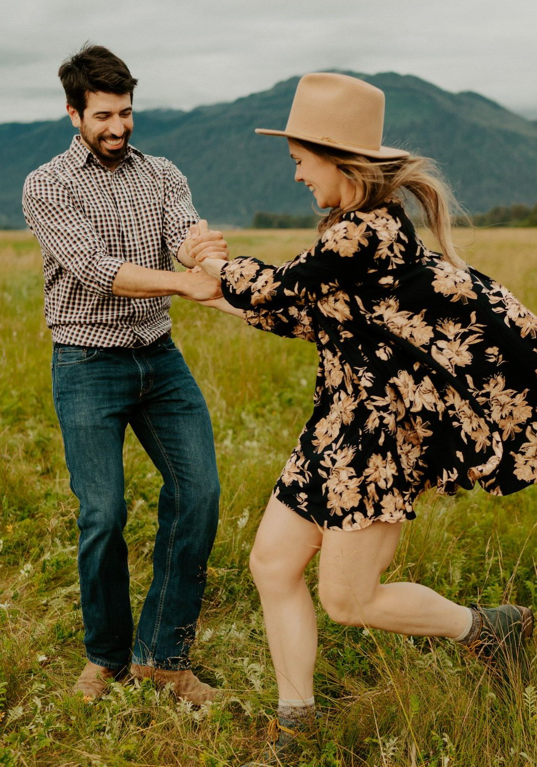 Alaska Summer Engagement Session | Gretchen + John